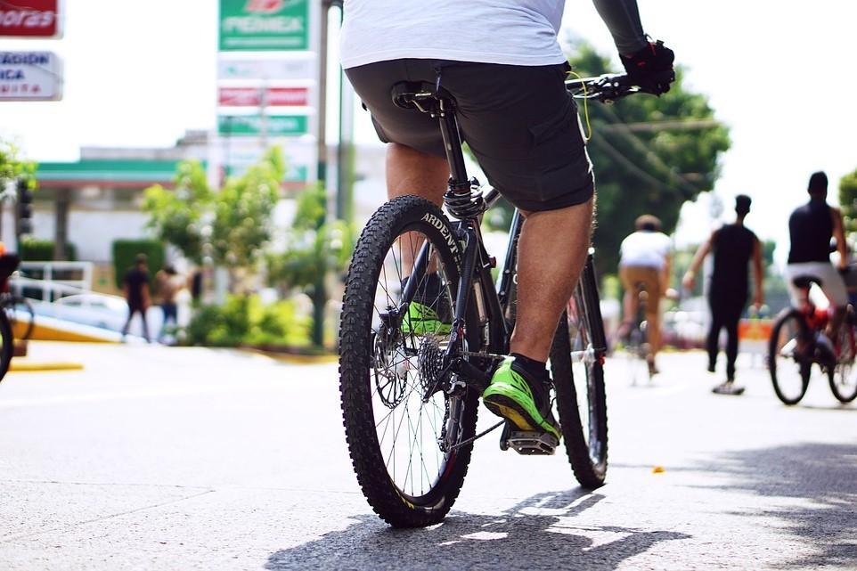 자전거를 주행 시 전기는 필수입니다.